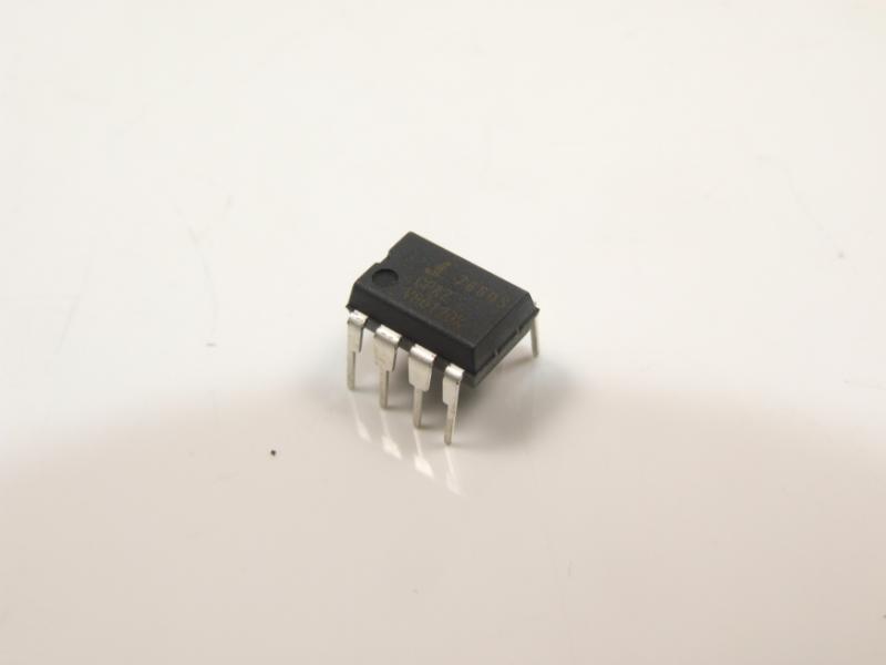 集成电路ic  电源管理ic  稳压器(开关式稳压器)  > icl7660scpaz