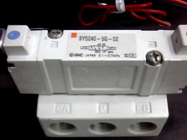 电磁阀 SY5240-5G-02