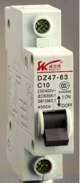 小型高分断断路器 dz47-63-1p-32a