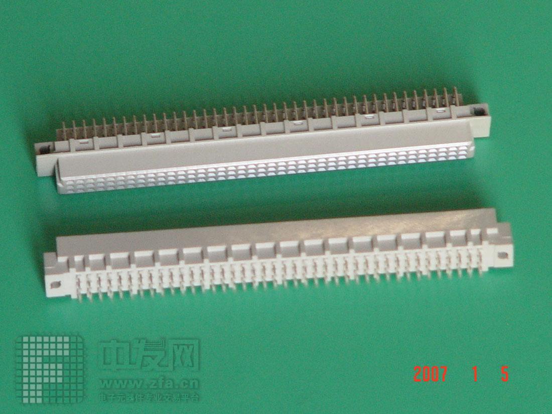 三排96弯孔直针欧式插座 396